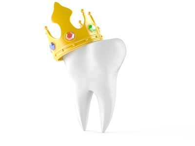 Illustration of a molar tooth wearing a gold crown.